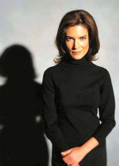 Related pictures home model lara flynn boyle
