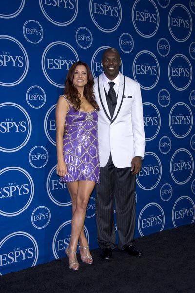 Kate Walsh, Terell Owens at 16th Annual ESPYs - Press Room at Nokia Theatre L.A. Live, Los Angeles, CA USA