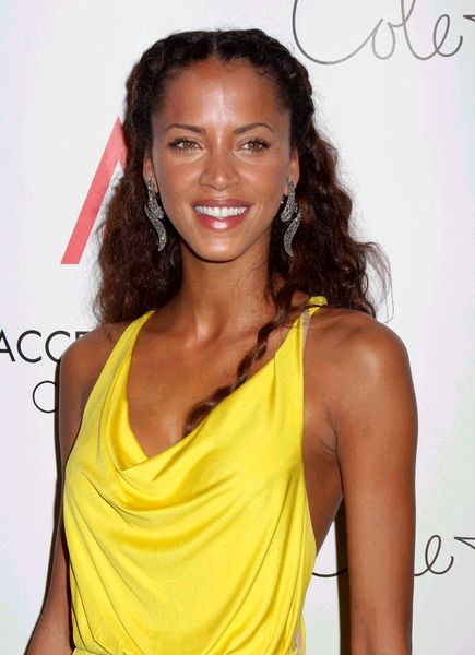 Noemie Lenoir at 2008 Ace Awards Presented by the Accessories Council - Red Carpet at Cipriani 42nd Street, New York City, NY, USA