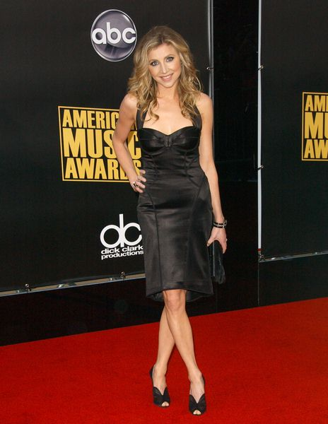 Sarah Chalke at 2008 American Music Awards - Arrivals at Nokia Theater, Los Angeles, CA. USA