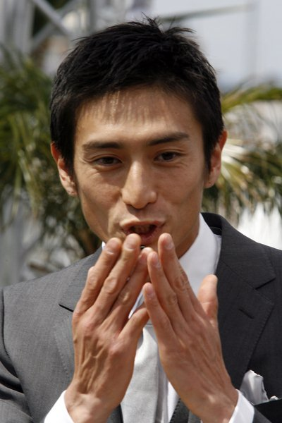 Yusuke Iseya at 2008 Cannes Film Festival - Marche Rouge and 'Blindness' Photocall - Palais de Festival, Cannes, France