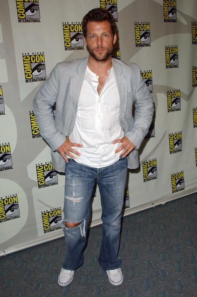 Jamie Bamber at 2008 Comic Con International Day Three at San Diego Convention Center, San Diego, CA. USA