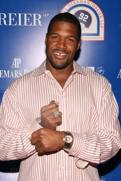Michael Strahan at 2008 Michael Strahan and Dreier LLP Charity Golf Tournament Pairing Party - Arrivals at Tao 42 East 58th Street, New York City, NY, USA