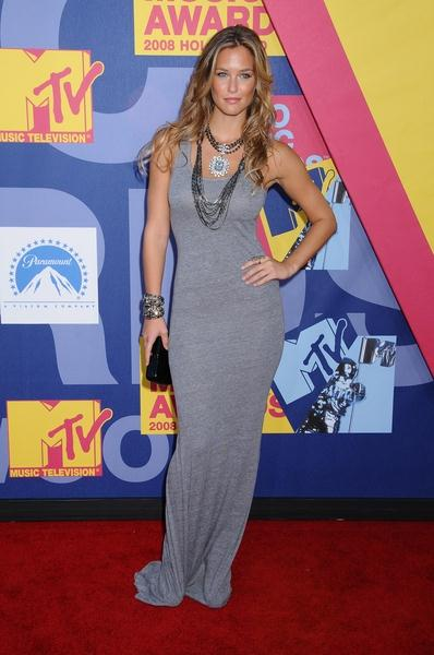 Bar Refaeli at 2008 MTV Video Music Awards - Arrivals at Paramount Pictures Studios, Los Angeles, CA USA