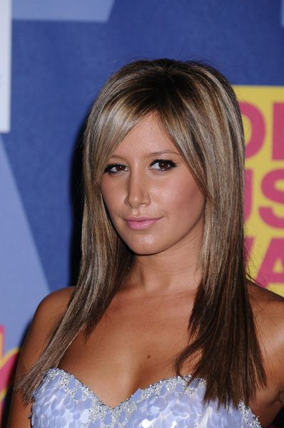 Ashley Tisdale at 2008 MTV Video Music Awards - Press Room at Paramount Pictures Studios, Los Angeles, CA USA