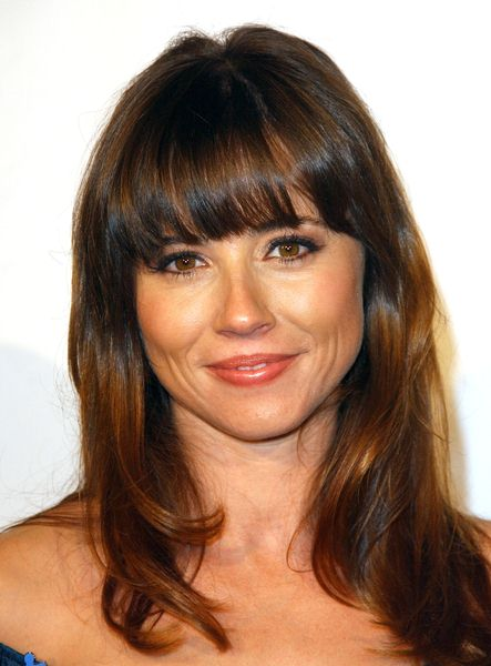 Linda Cardellini at 6th Annual Acts Of Love To Benefit Autism Speaks at Geffen Playhouse, Westwood, CA. USA