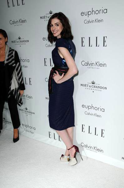 Anne Hathaway at ELLE Magazine's 15th Annual Women in Hollywood Tribute - Arrivals at The Four Seasons Hotel, Beverly Hills, CA, USA