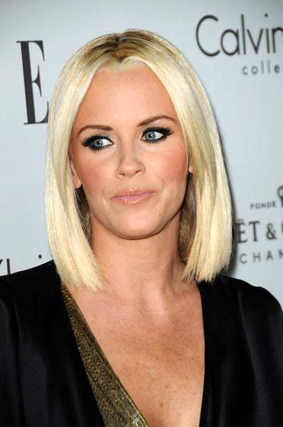 Jenny McCarthy at ELLE Magazine's 15th Annual Women in Hollywood Tribute - Arrivals at The Four Seasons Hotel, Beverly Hills, CA, USA