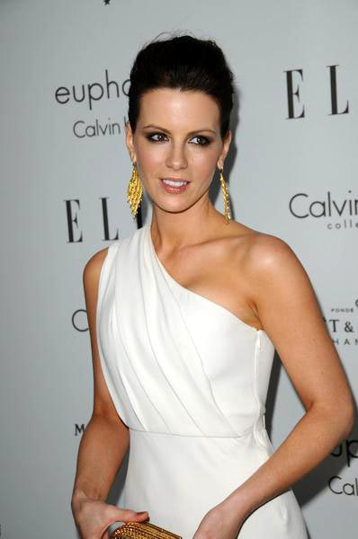 Kate Beckinsale at ELLE Magazine's 15th Annual Women in Hollywood Tribute - Arrivals at The Four Seasons Hotel, Beverly Hills, CA, USA