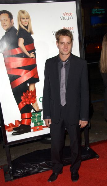 Justin Hartley at 'Four Christmases' World Premiere at Grauman's Chinese Theater, Hollywood, CA, USA