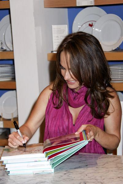 Giada De Laurentiis at Giada De Laurentiis Signs Copies of Her New Book 'Giada's Kitchen: New Italian Favorites' at Williams Sonoma in Las Vegas, NV, USA