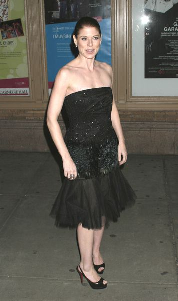 Debra Messing at Glamour Magazine Honors the 2008 Women of the Year at Carnegie Hall in New York City, NY, USA