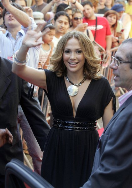 Jennifer Lopez at Jennifer Lopez Arrives at Mamamuy Childrens' Store in Barcelona on July 3, 2008 - Mamamuy, Barcelona