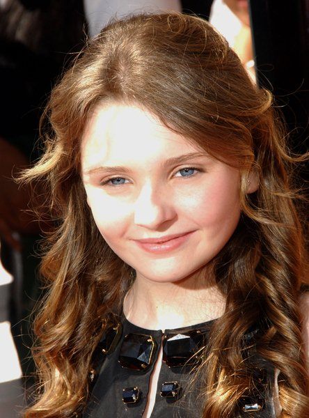 Abigail Breslin at 'Kit Kittredge: An American Girl' World Premiere at The Grove, Los Angeles, CA. USA