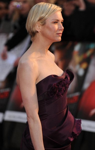 Renee Zellweger at 'Leatherheads' London Premiere - Arrivals - Odeon Leicester Square. London, England.