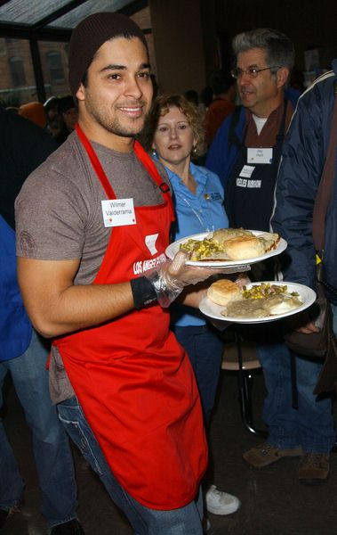 Wilmer Valderrama at Los Angeles Mission Thanksgiving Meal For The Homeless at L.A. Mission and Anne Douglas Center, Los Angeles, CA. USA