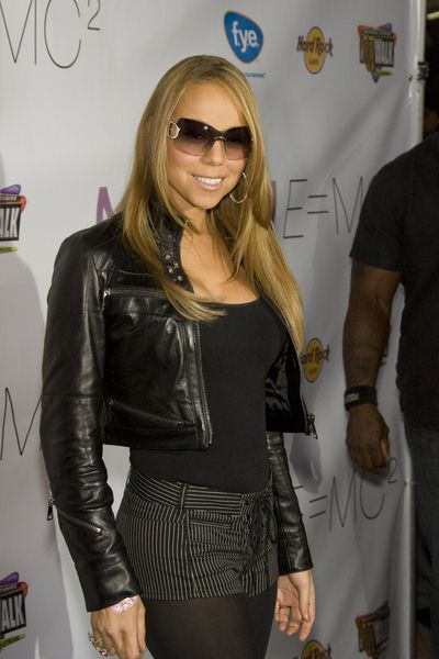 Mariah Carey at Mariah Carey Signes Copies of Her New CD 'E=Mc2' on 17th April 2008 - Universal Citywalk, Universal City, CA USA