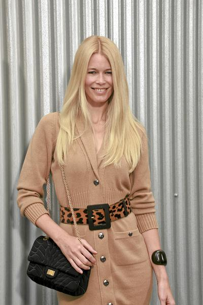 Claudia Schiffer at Paris Fashion Week - Spring/Summer '09 - Chanel Celebrity - Arrivals - Grand Palais, Paris, France