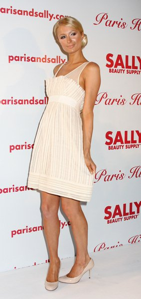 Paris Hilton at Paris Hilton Unveils Her New Hair Extension Line for Sally Beauty Supply in New York City on May 8, 2008 - 620 Loft and Garden, New York City, NY, USA