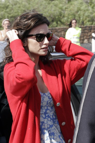 Penelope Cruz at 'The Broken Arms' Filming in Lanzarote in the Canary Islands on May 27, 2008 - Lanzarote, Canary Islands, Spain