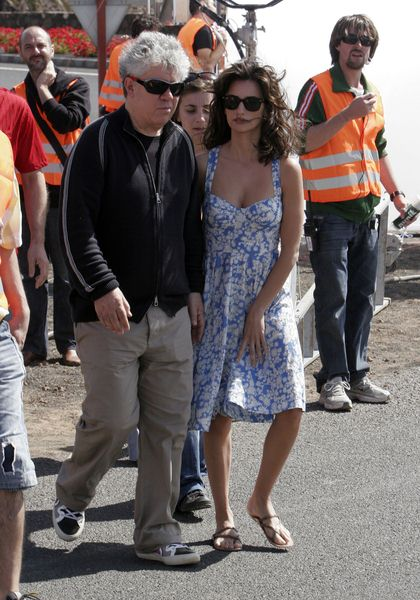 Penelope Cruz, Pedro Almodovar at 'The Broken Arms' Filming in Lanzarote in the Canary Islands on May 27, 2008 - Lanzarote, Canary Islands, Spain