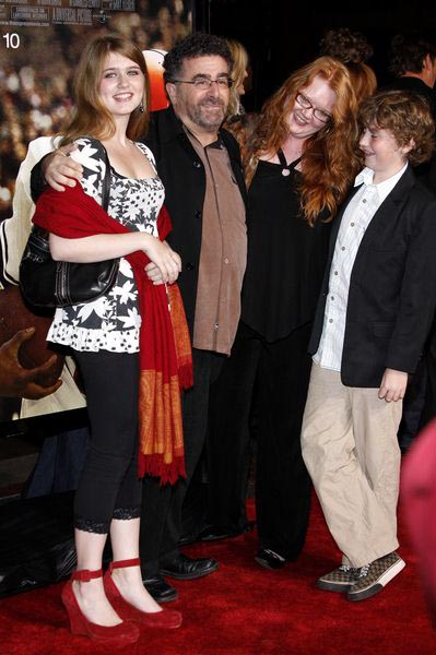 Saul Rubinek, Family at 'The Express' Hollywood Premiere in Grauman's Chinese Theater, Hollywood, CA, USA