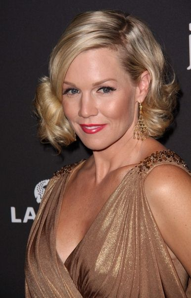Jennie Garth at 11th Annual Costume Designers Guild Awards at Four Seasons Beverly Wilshire Hotel, Beverly Hills, CA. USA