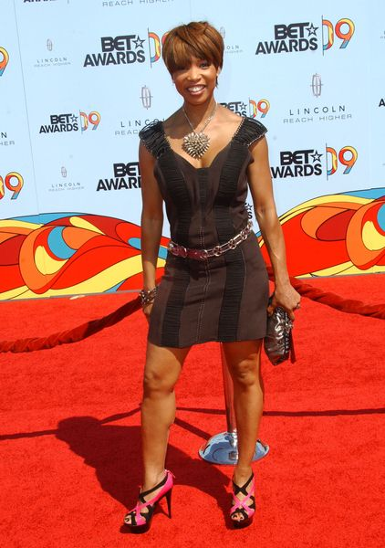 Elise Neal at 2009 BET Awards - Arrivals - The Shrine Auditorium, Los Angeles, CA. USA
