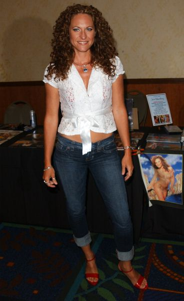 Jerri Manthey at 2009 Summer Hollywood Show - day 1 - Burbank Airport Marriott Hotel, Burbank, CA. USA