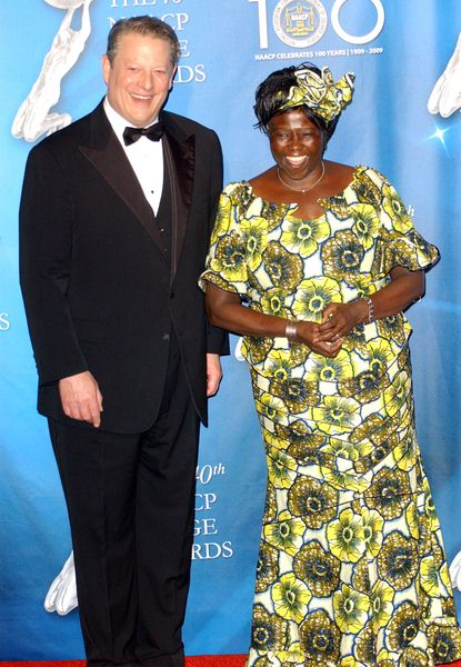 Al Gore, Dr. Wangari Muta Maathai at 40th NAACP Image Awards - The Shrine Auditorium, Los Angeles, CA. USA