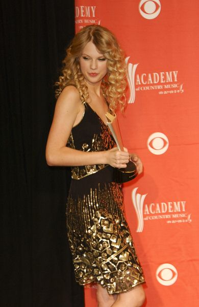 Taylor Swift at 44th Annual Academy of Country Music Awards - Press Room - MGM Grand Garden Arena, Las Vegas, NV. USA