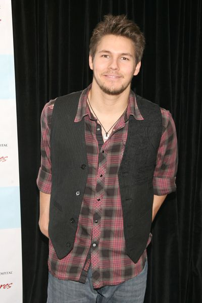 Scott Clifton at 5th Annual ABC and SOAPnet Salute Broadway Cares/Equity Fights AIDS Benefit - Marriott Marquis, 1535 Broadway, New York City, NY, USA