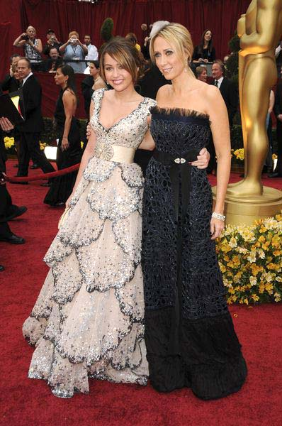 Miley Cyrus, Tish Cyrus at 81st Annual Academy Awards Oscars - Arrivals at The Kodak Theatre, Hollywood, CA, USA