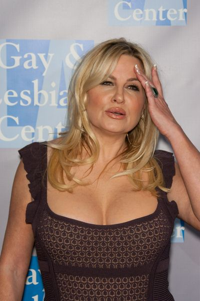 Jennifer Coolidge at An Evening with Women: Celebrating Art, Music and Equality - Beverly Hilton Hotel, Beverly Hills, CA, USA