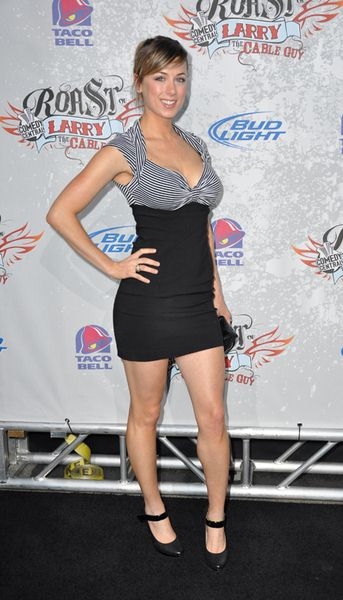 Iliza Shlesinger at Comedy Central Presents 'The Roast of Larry the Cable Guy' - Warner Brothers Studios, Burbank, CA, USA