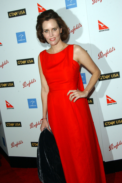 Ione Skye at G'Day USA Australia Week 2009 Black Tie Gala - Hollywood & Highland Grand Ballroom, Hollywood, CA. USA
