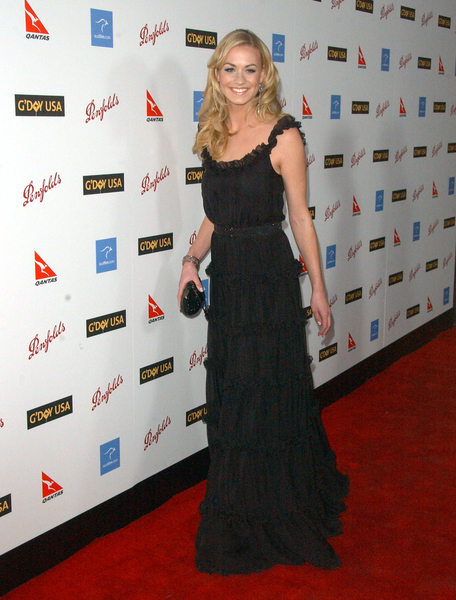 Yvonne Strahovski at G'Day USA Australia Week 2009 Black Tie Gala - Hollywood & Highland Grand Ballroom, Hollywood, CA. USA