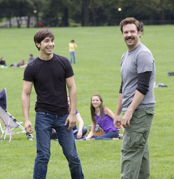 Justin Long, Jason Sudeikis at 'Going the Distance' Filming in Central Park, New York City, NY, USA