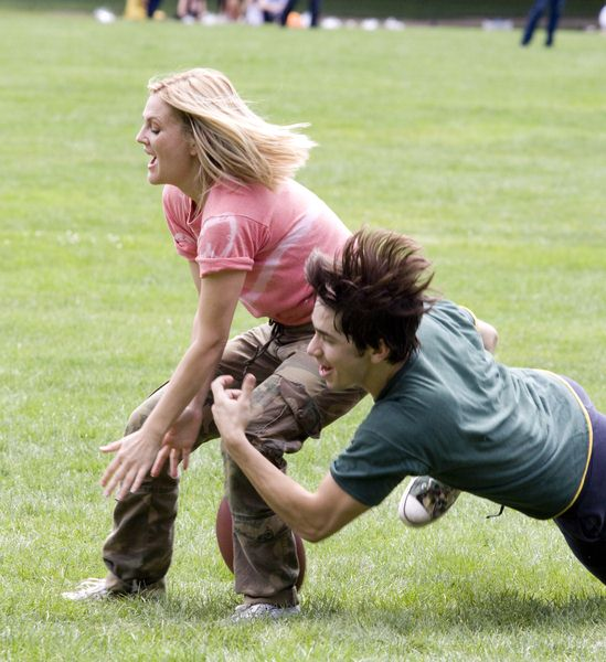 Drew Barrymore, Justin Long at 'Going the Distance' Filming in Central Park, New York City, NY, USA