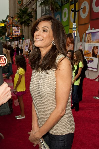 Teri Hatcher at 'Hanna Montana The Movie' World Premiere - El Capitan Theatre, Hollywood, CA, USA