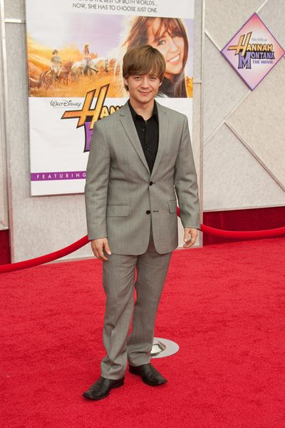 Jason Earles at 'Hanna Montana The Movie' World Premiere - El Capitan Theatre, Hollywood, CA, USA