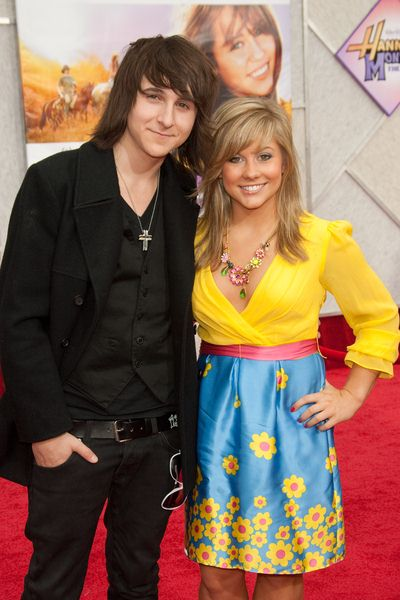 Mitchel Musso, Shawn Johnson at 'Hanna Montana The Movie' World Premiere - El Capitan Theatre, Hollywood, CA, USA