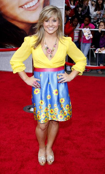 Shawn Johnson at 'Hanna Montana The Movie' World Premiere - El Capitan Theatre, Hollywood, CA, USA