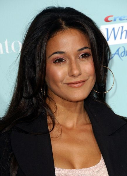 Emmanuelle Chriqui at 'He's Just Not That Into You' World Premiere at Grauman's Chinese Theater, Hollywood, CA, USA