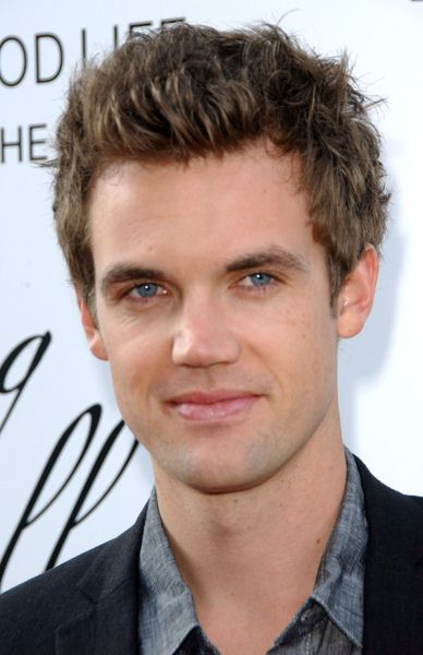 Tyler Hilton at Hollywood Life's 11th Annual Young Hollywood Awards - The Eli and Edyth Broad Stage/Santa Monica College Performing Arts Center, Santa Monica, CA. USA