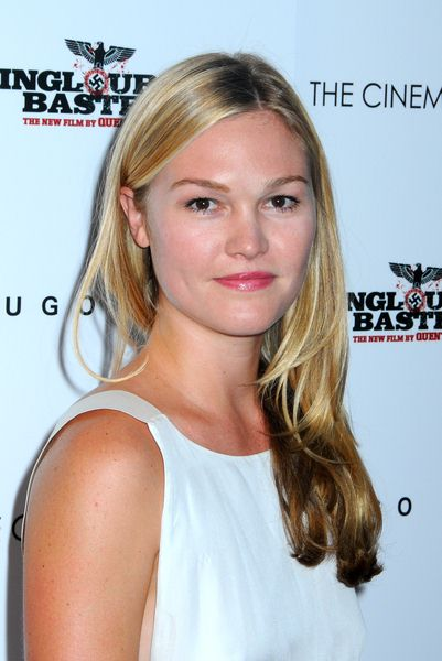 Julia Stiles at 'Inglourious Basterds' New York Premiere - Arrivals at SVA Theater, New York City, NY, USA