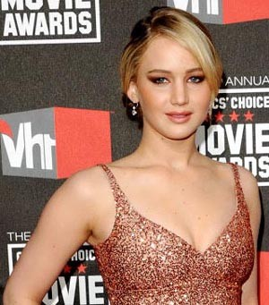 Jennifer Lawrence Returns To Vanity Fair Hollywood Issue